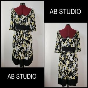 AB Studio Woman Stretch Dress Size Large